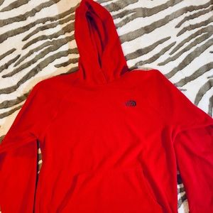 FIRE ENGINE RED NORTH FACE FLEECE